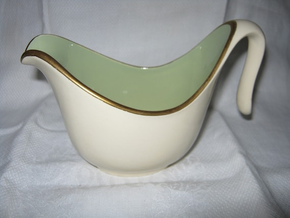 Taylor Smith Taylor Gravy Boat Ceramic Excellent Condition c.1960s By Gatormom13 SALE