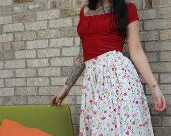 VINTAGE 1950s floral print circle skirt - high waist white and pink floral print cotton skirt - small 50s pinup skirt