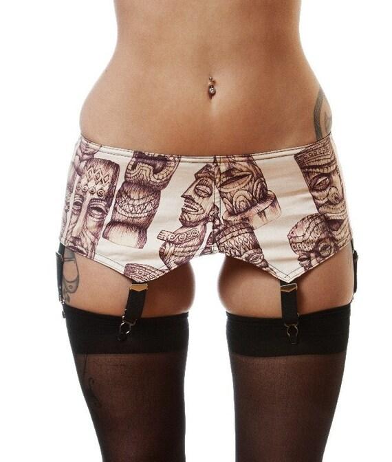 Vintage Style Tiki Print Garter Belt.