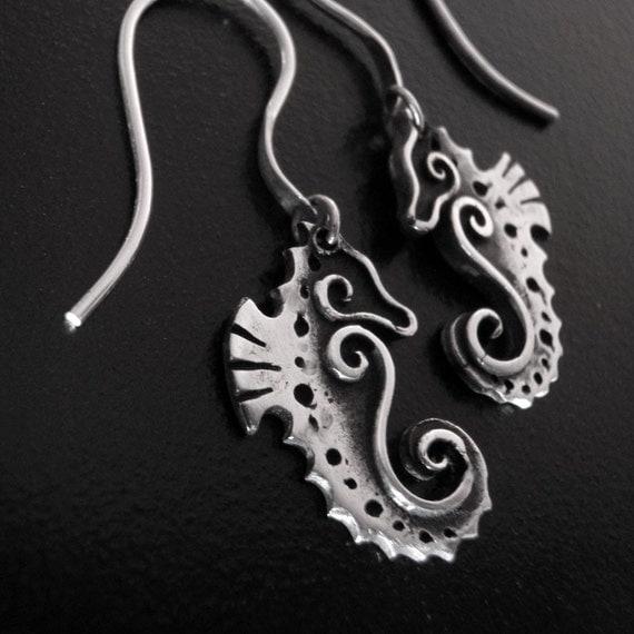 Baby Seahorse Earrings - Fine Silver