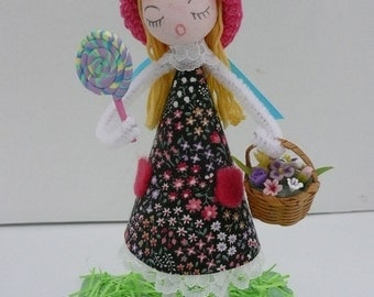 """OOAK Pipe Cleaner Doll """"Picking Flowers for Mom"""" Diorama"""