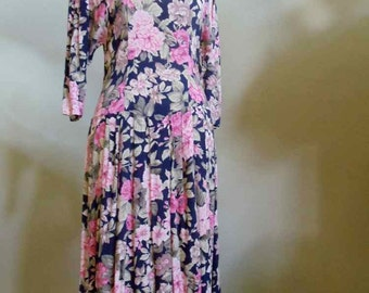 "Vintage 80""s Hunters Run Romantic Floral Print Dress Dropped Waistline Pleated Skirt Bust 34"" Waist 30"""