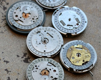 Vintage watch movements -- date rings -- set of 6