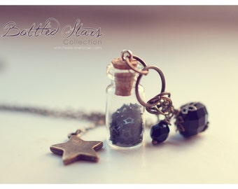 Big star Glass Bottle necklace, with glitter stars. gift for women. Glass vial necklace. charm necklace, stars jewelry, necklace for girl