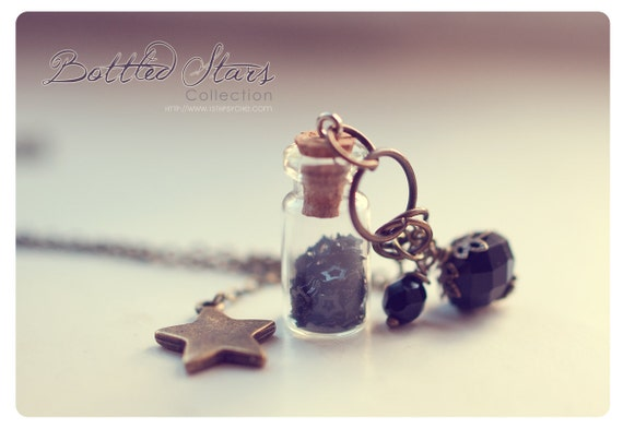 Big star Glass Bottle necklace, with glitter stars. CUSTOM STARS COLOR . Glass vial necklace. glass Bottle Pendant miniature tiny bottle