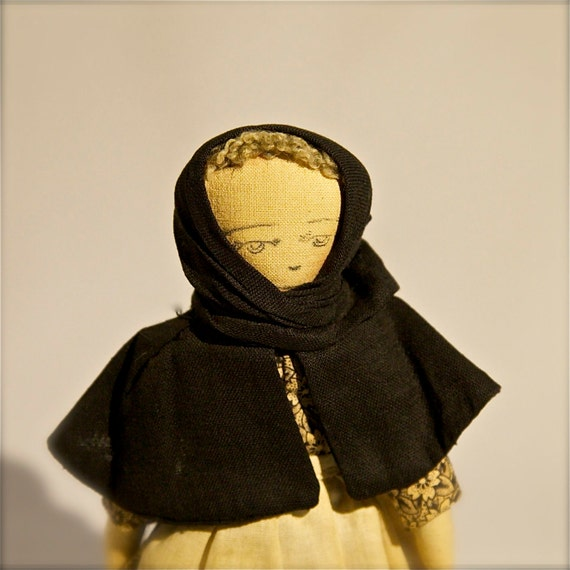 Vintage Doll // Collectible // Souvenir // Arcadian Lady
