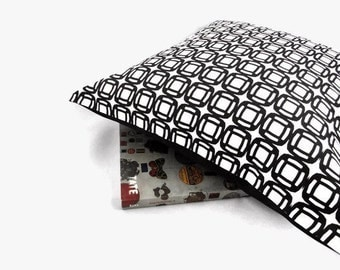 Black and White Decorative Pillow Cover, Retro Black and White Circles, Linen Cotton Canvas Pillow Case, Scandinavian Decor, 16 x 16 inches
