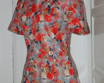 60s, 70s Blouse, Top, Mod, Floral, Short Sleeves, Shirt, Nylon, Back Zip, Size S/M