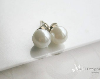 Pearls, earposts, brides, bridesmaids, classic, earrings - PEARL STUDS