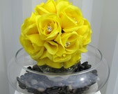 DYI Wedding bouquet centerpiece rose pomander vase arrangements wedding decorations