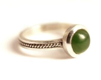 Jade gemstone ring, handmade filigree ring,custom sized stacking ring