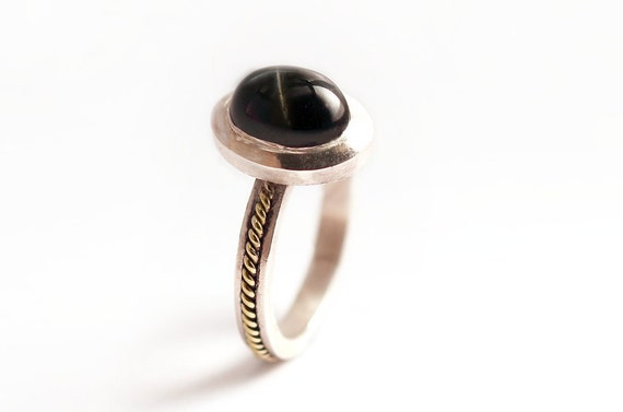 NETO ring,  handmade jewelry star effect black Diopside stone, 14K yellow gold filigree decoraition&sterling silver