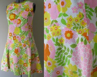 Vintage 60s Mod Summer Dress - Psychedelic Floral Daisy Colorful Wild Flower Funky Bright Hippie Lime Green Tangerine Orange Hippie Boho