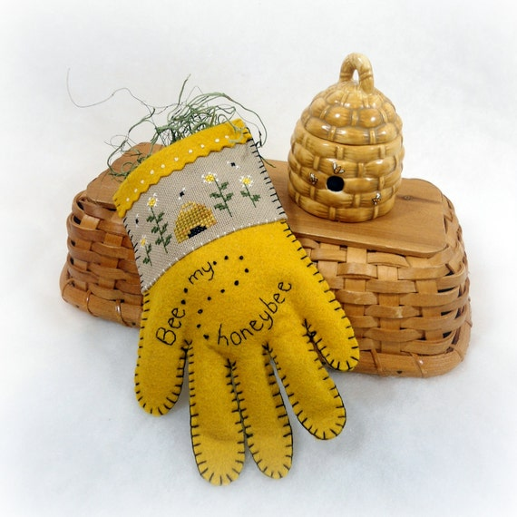 Bee Home Decor: Unavailable Listing On Etsy