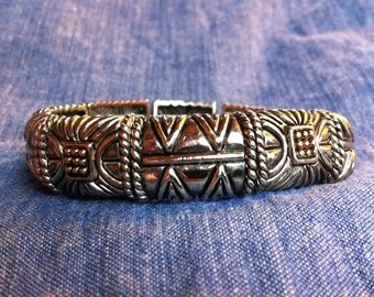 Silver Southwest Design Magnetic Closure Bangle Bracelet