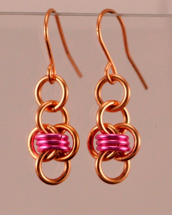 Chainmaille Barrels Earrings - Copper & Pink