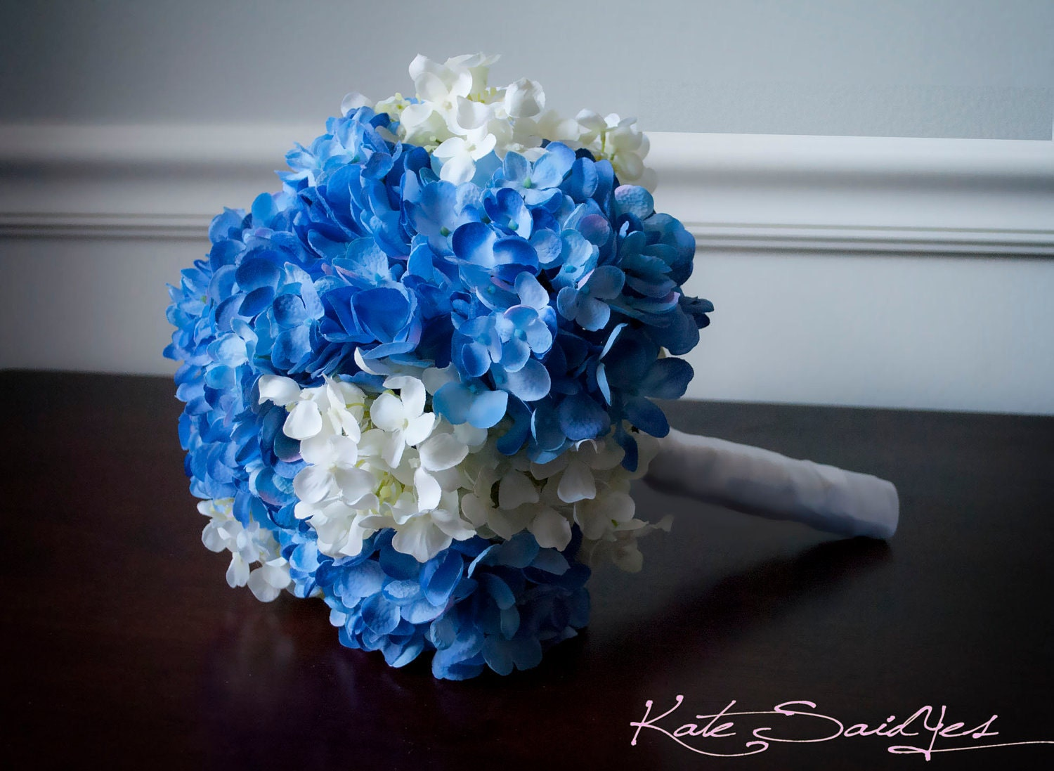wedding bouquet blue and white hydrangea bridal bouquet. Black Bedroom Furniture Sets. Home Design Ideas