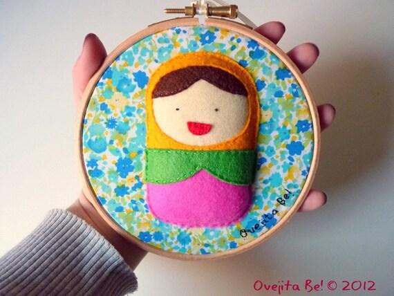 Matryoshka felt embroidery hoop, russian doll