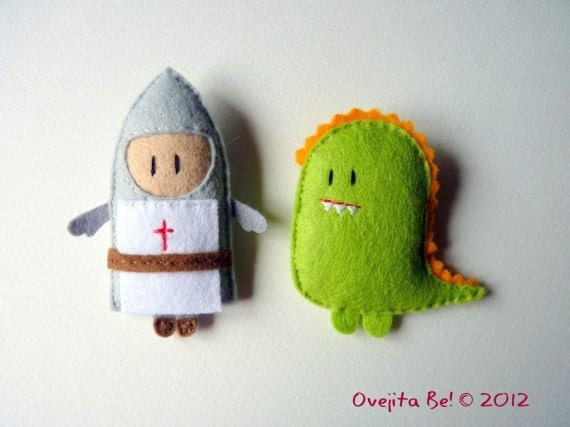 The knight and the dragon pack - Felt brooches