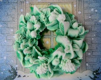 10 Christmas Wreath Soap - Stocking stuffer, christmas favors