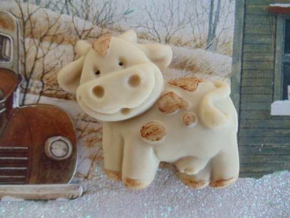 30 Cow Soap - baby shower favors, wedding favors, party favors