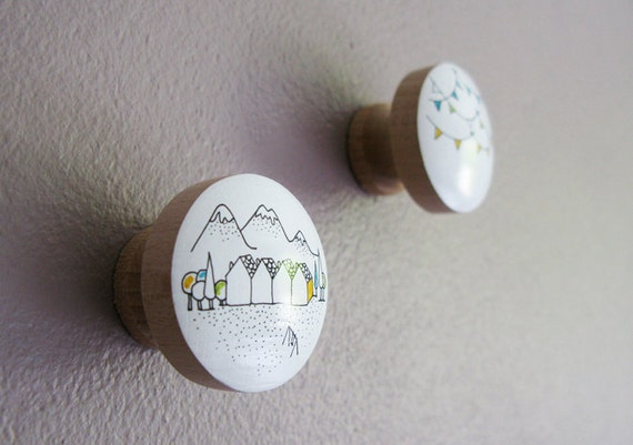 Hooks for jewelry and other - Knobs x2 / decorative hand-painted Village Jour de joie Christmas
