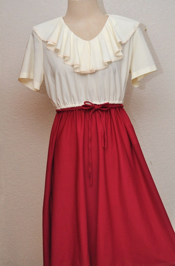Vintage Secretary Dress 9 to 5 Working Girl Ruffle Collar Cream and Fuschia by Gayle Evans 70s or 80s Era