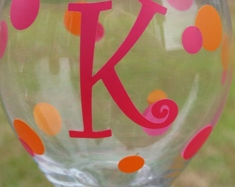 Personalized Wine Glass : Single Initial - Bridesmaid Gift - Sorority Glasses - monogrammed wine glass