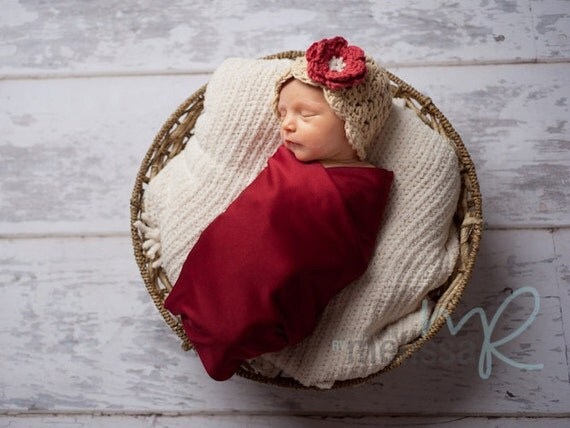 Baby Girl Hat, 0 to 3 Months Baby Girl Hat, Baby Flapper Beanie, Beige with Country Red and Cream Flower. Great for Photo Props. Baby Gift.