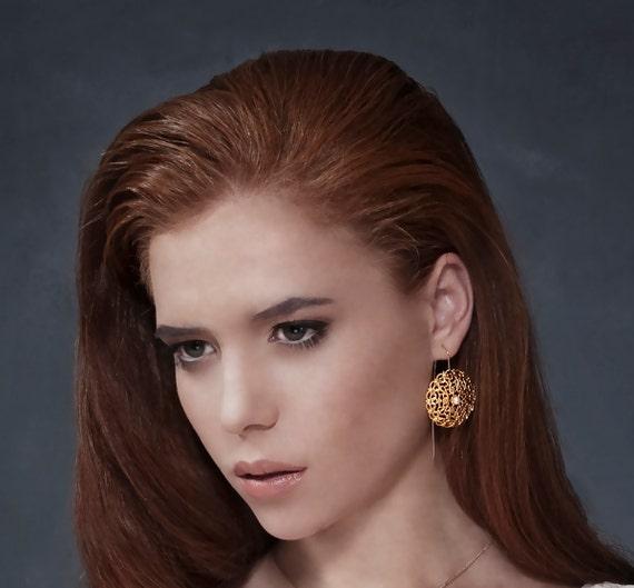 Pearl Wedding Jewelry, Gold Filigree Earrings, Pearl Bridal Earrings, Gold Pearl Dangle Earrings, Pearl Jewelry, Wedding Earrings, Gift Idea
