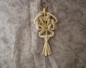 Macrame Christmas Ornament (Ming Maze,Gold Sparkle)