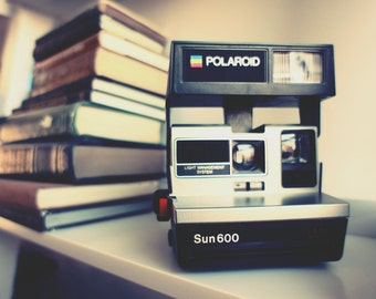 SALE Polaroid Camera Sun 600 LMS - Film Tested
