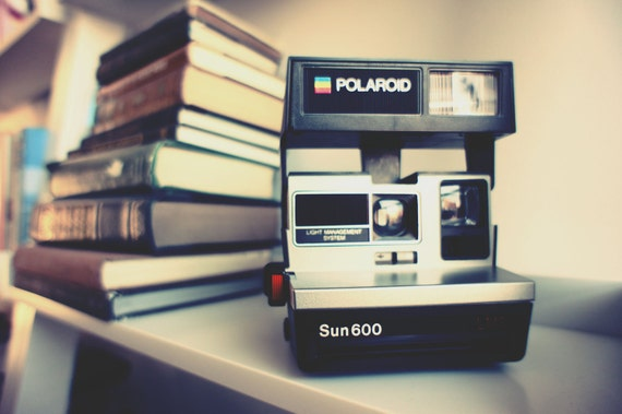 Polaroid Camera Sun 600 LMS - Film Tested Working
