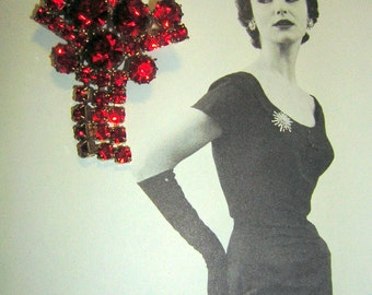 Vintage Red Rhinestone Brooch Pin - Blazing Clear Color CLEARANCE