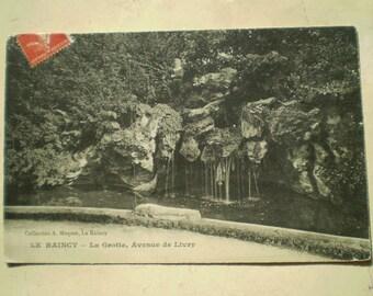 Le Raincy - 1908 - Antique French Postcard - La Grotte, Avenue de Livry - Little Boy Fishing