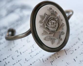 Bracelet -Winter Rose- grey victorian flower on white, antique silver, adjustable