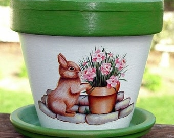 Garden Bunny Terra Cotta Flower Pot