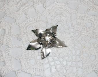 Free US Ship Silver Rhinestone Flower Pin Pendant /