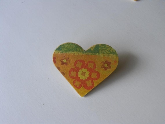 PIF Free Tiny Colorful Heart Pin / Brooch