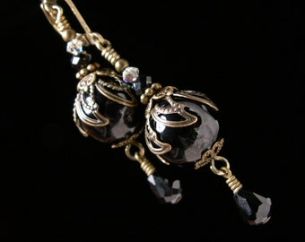 Black Onyx Victorian Earrings, Crystal Dangle Drops, Antique Gold Bronze Filigree Titanic Temptations Vintage Steampunk Bridal Style Jewelry
