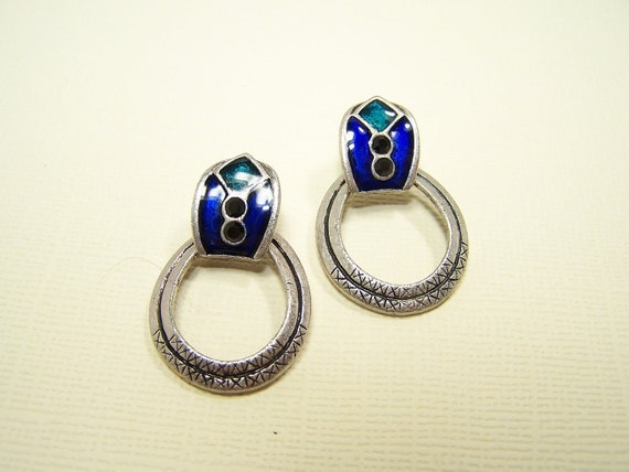 VINTAGE Native Style Earrings in Silver and Blue