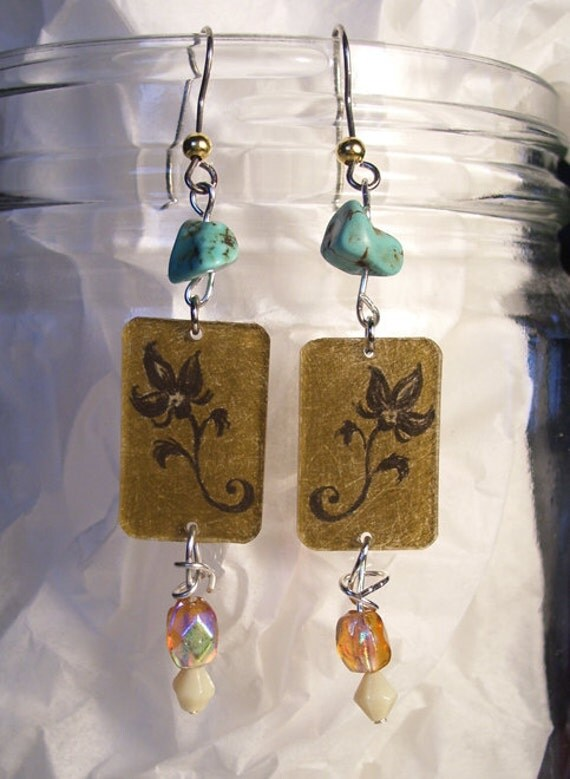 Khaki Floral Turquoise Beaded earrings