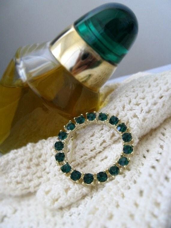Vintage Brooch Emerald Green Rhinestones