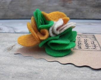 Green, Mustard & Oatmeal Scrappy Felt Flower Pin Brooch - Mustard Clover - Handmade