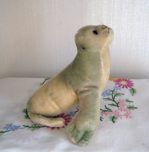 HALF THIS PRICE Steiff Robby Vintage Seal With Squeaker Mohair Toy Animal