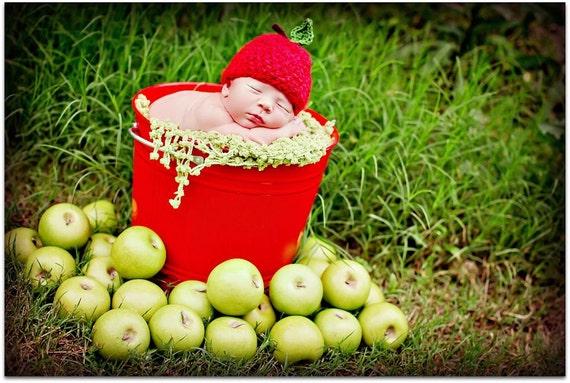 Newborn Photo Prop Apple Hat