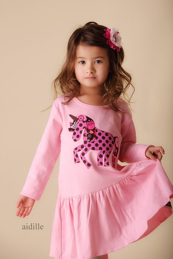 Size 6 Girls Unicorn Dress Babydoll Applique Fits like 5T 6T