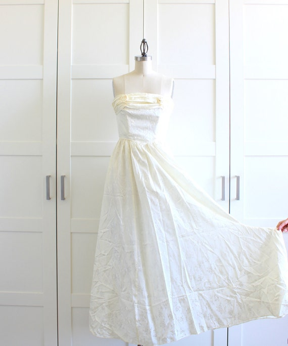 Strapless Formal Evening Gown Wedding Dress, White Prom Dress Floral Print Long Maxi Dress, size Small Medium