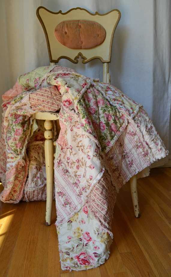 Shabby Chic Rag Quilt, Rose Garden, Twin Size, pink, yellow, & green with ivory colored backing
