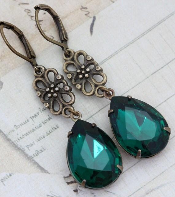 Vintage Earrings - Emerald Green Earrings & Antique Brass - Victorian Bridesmaids Wedding - Handmade by Inspired by Elizabeth